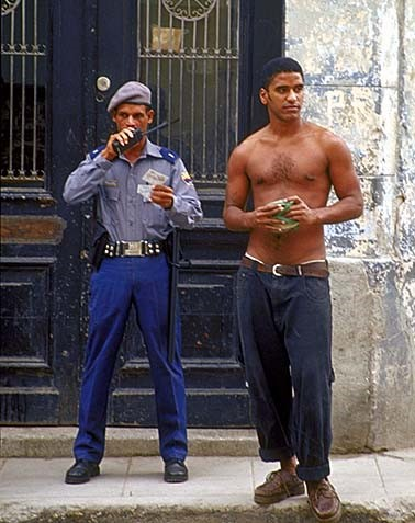 Lee más sobre el artículo Carta a los militares cubanos represores.