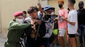 Lee más sobre el artículo Si esta revolución fracasa será por culpa de los cubanos en el extranjero.